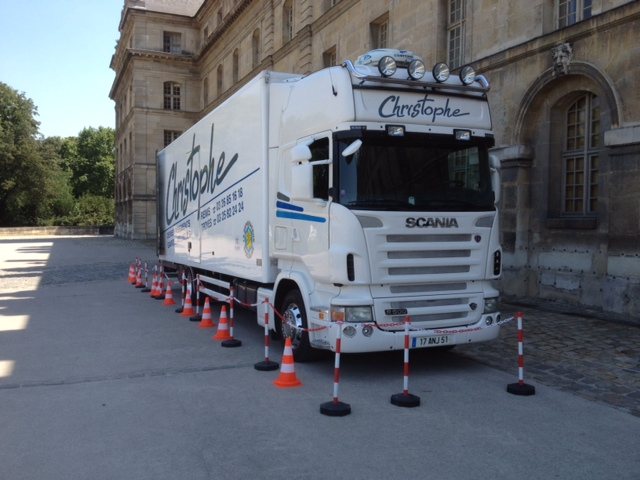 Mat riel et camions christophe d menagements - Location camion reims ...